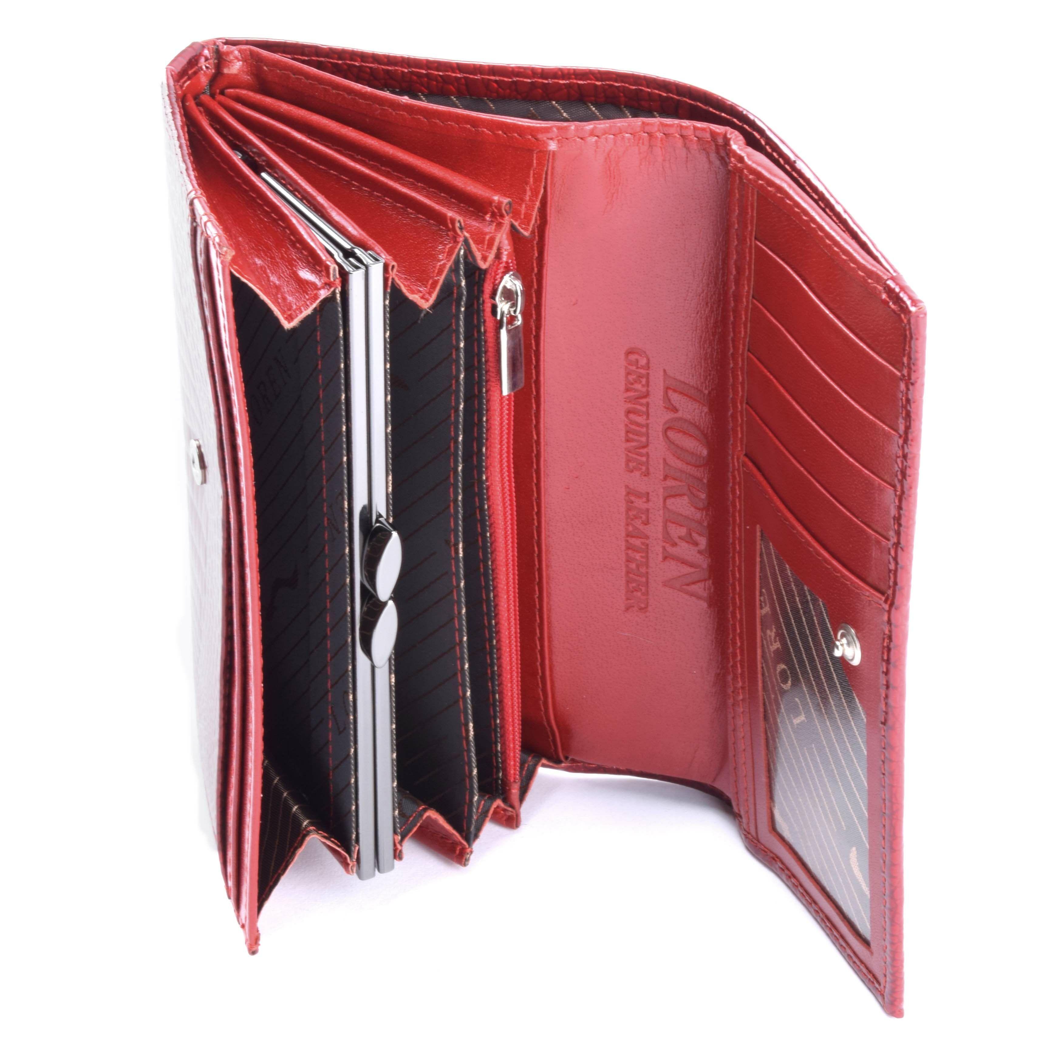 be92eeae8e Strasszkövekkel díszitett elegáns és praktikus lakkbőr pénztárca  strasszkövekkel. Kártyatartóval és zárható apró tartóval, valamint cipzáros  zsebbel.